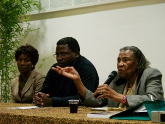 Amelia Boynton Robinson in Venissieux, with Eléazar Bafounta and Colette Ilunga of the Café Noir Association